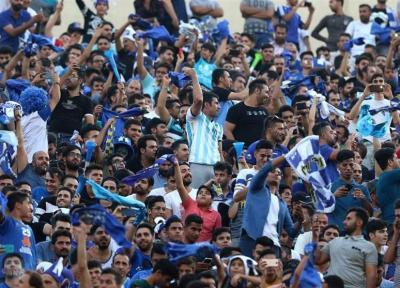 حاشیه دیدار استقلال - السد، حضور 60 هزار نفر به همراه 2 پرسپولیسی و فیلمبرداری ژاوی از هواداران + تصاویر