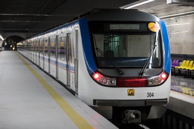 افزایش ساعت خدمات رسانی خط 5 مترو در روز های جمعه