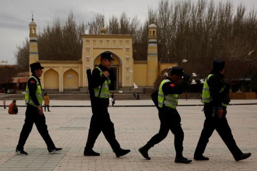 چین راه اندازی اردوگاه کار اجباری برای مسلمانان را تکذیب کرد