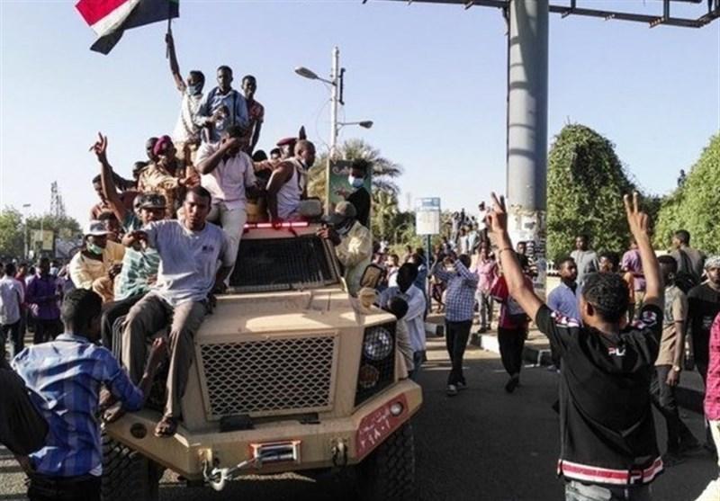 دادستان سودان برکنار شد