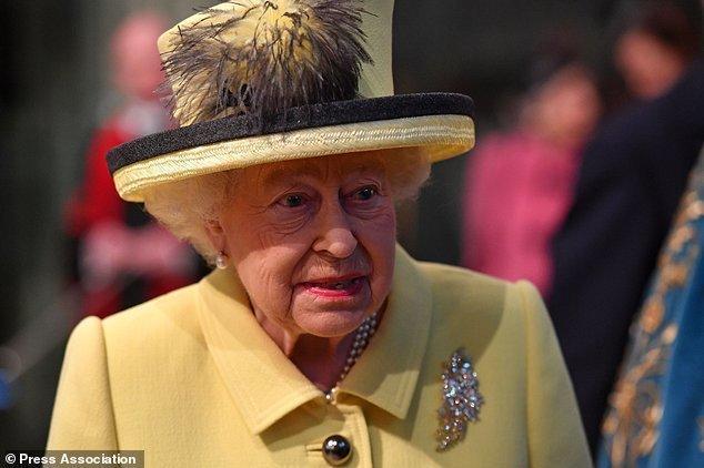 نارضایتی ملکه انگلیس از سیاستمداران کشورش