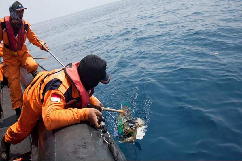 کشف جعبه سیاه هواپیمای حادثه دیده اندونزی