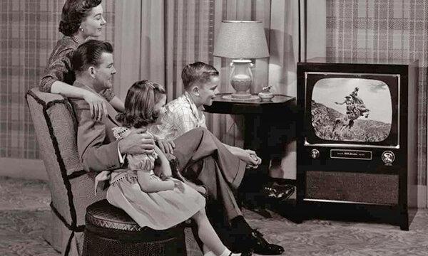 50 سالگی ورود رنگ ، 6500 خانواده بریتانیایی هنوز تلویزیون سیاه و سفید دارند