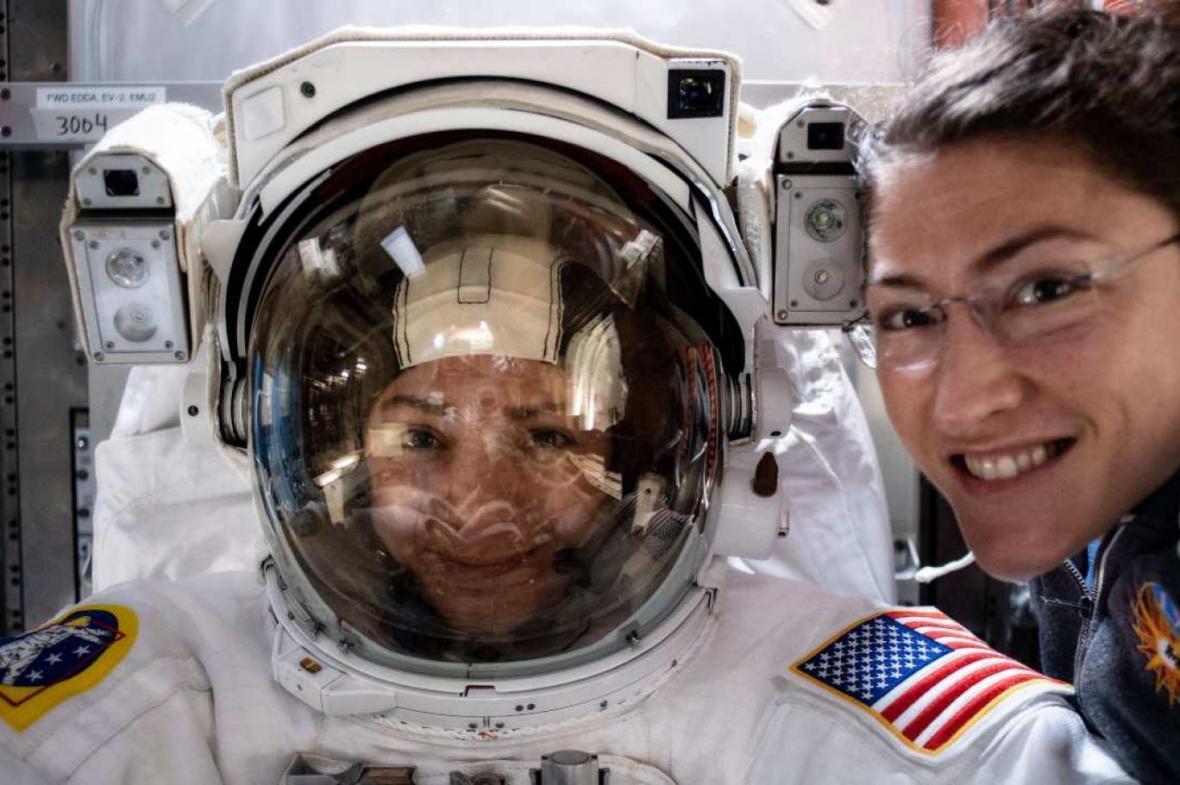 مأموریت تاریخی اولین تیم فضانوردان زن
