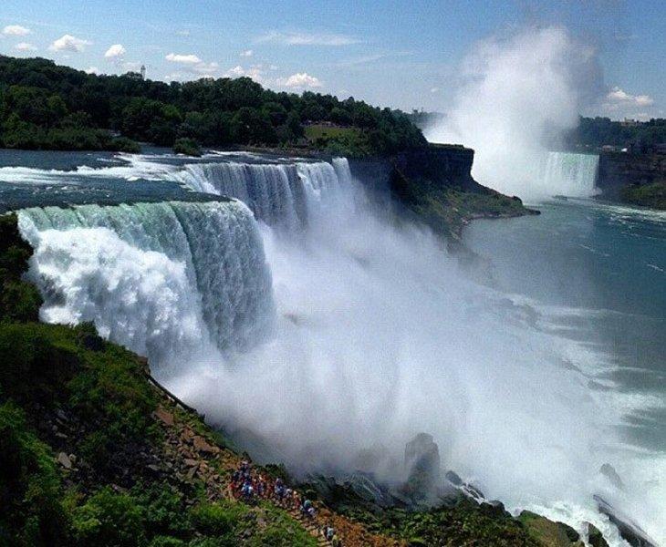 آبشار نیاگارا (Niagara Falls)- مرز آمریکا و کانادا