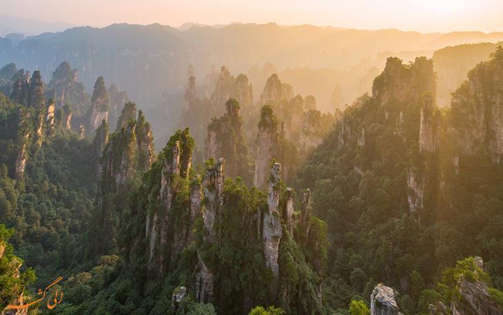 اژدهای 326 متری در پارک ملی ژانگ جیاجی چین منتظر شماست!