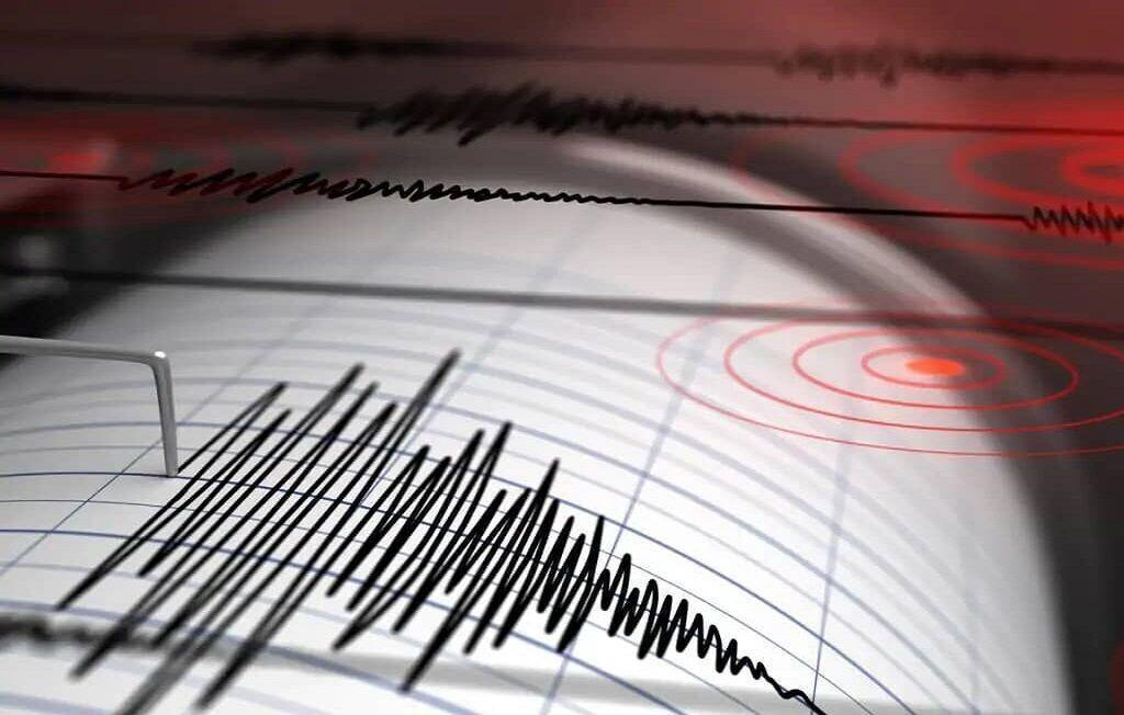 خبرنگاران زلزله 3.2 ریشتری فیروزآباد لرستان را لرزاند