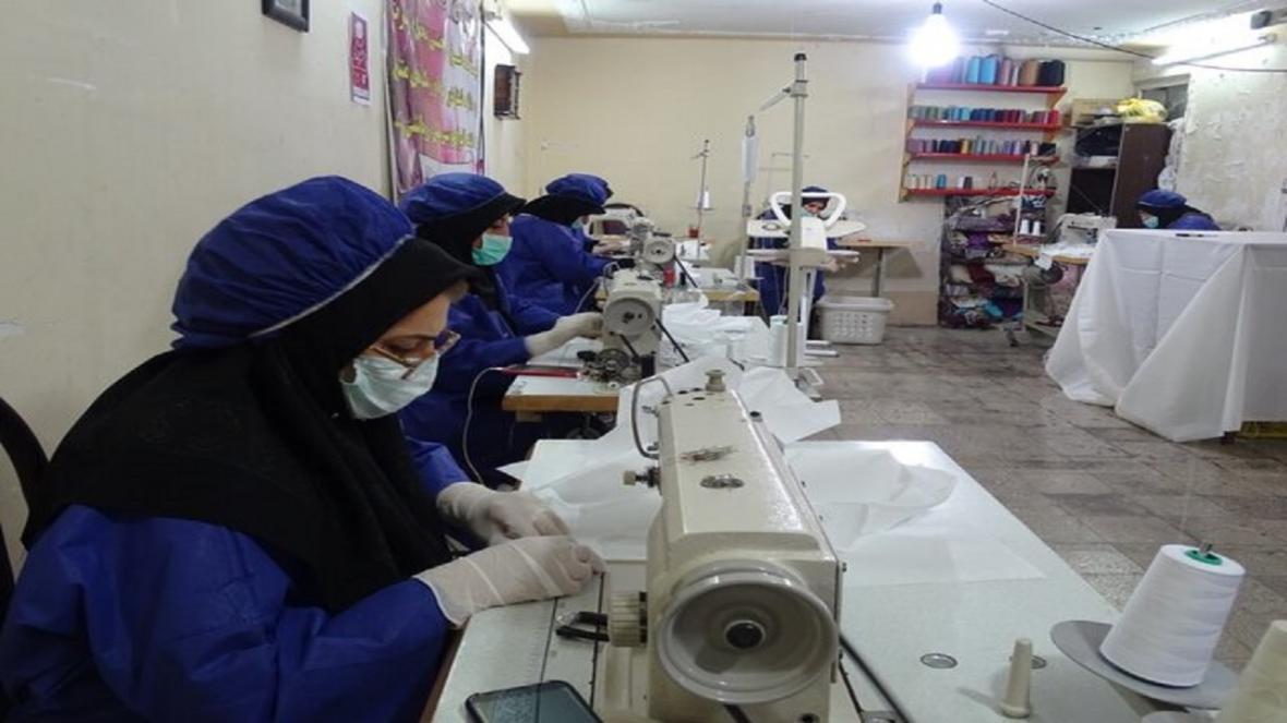 فعالیت 13 کارگاه روستایی فراوری کننده ماسک در مشهد