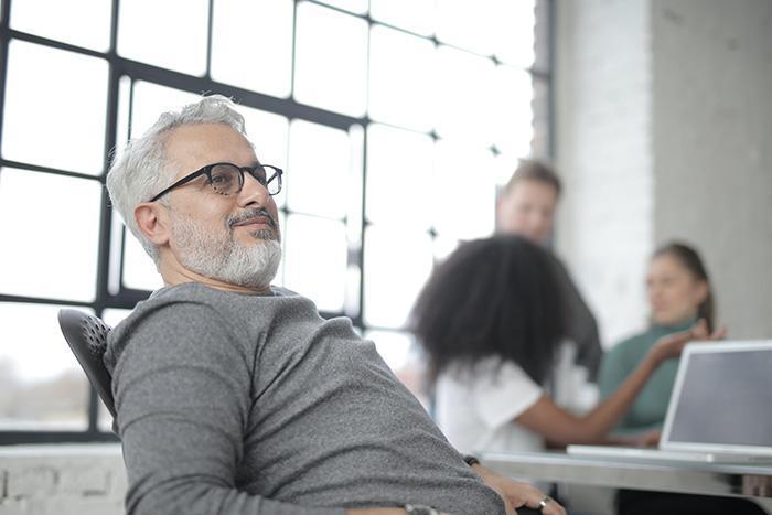 کارآفرین کیست؟ چگونه یک کارآفرین پیروز باشیم؟