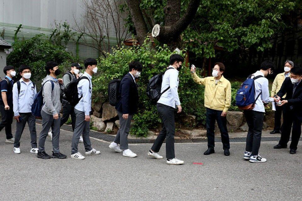 خبرنگاران کرونا بار دیگر مدارس کره جنوبی را تعطیل کرد