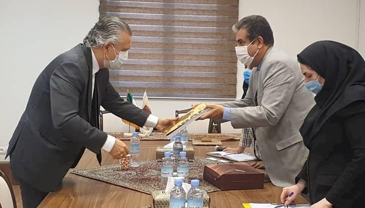 سفیر برزیل با رئیس کل موزه ملی ایران ملاقات کرد