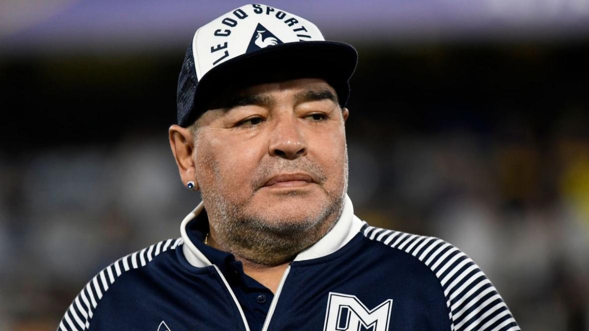 شوک به دنیای فوتبال؛ دیگو مارادونا در سن 60 سالگی درگذشت