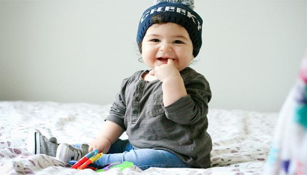 راهنمای کامل تغییرات و رشد نوزاد هفت ماهه