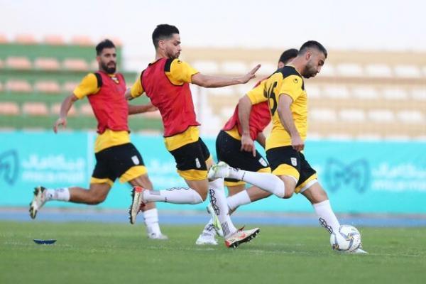 آخرین تمرین تیم ملی فوتبال در ایران با حضور وزیر ورزش